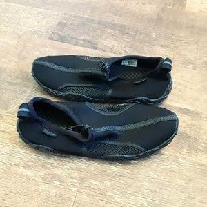 Speedo aqua men black shoes size 8